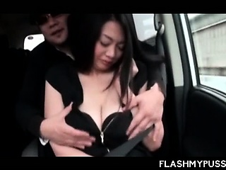 Big meloned Japanese bungler babe stripped for sex in a van