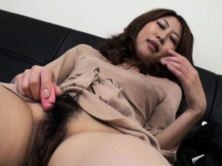 Asian be expeditious for an overly aroused trollop who wants at hand cum so bad