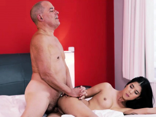 OLD4K. Comely woman and bald daddy spend unorthodox time in bedroom