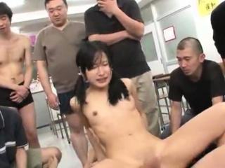 Jav Idol Suzu Ichinose Ambushed In Tutor Gangbang
