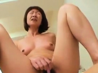 Asian Japanese Cougar Wife Creampied Movie 265