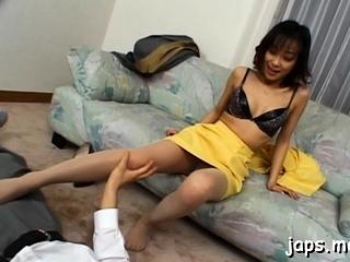 Genteel Yuka Takahashi enjoys fuck session