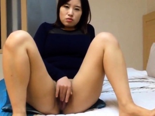 Really Elegant Korean girl's juicy pussy added to sex