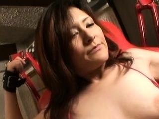 Charming grown-up minx Akane enjoys a wanton sex